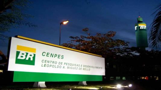Pesquisadoras debatem turnos na Petrobrás CENPES