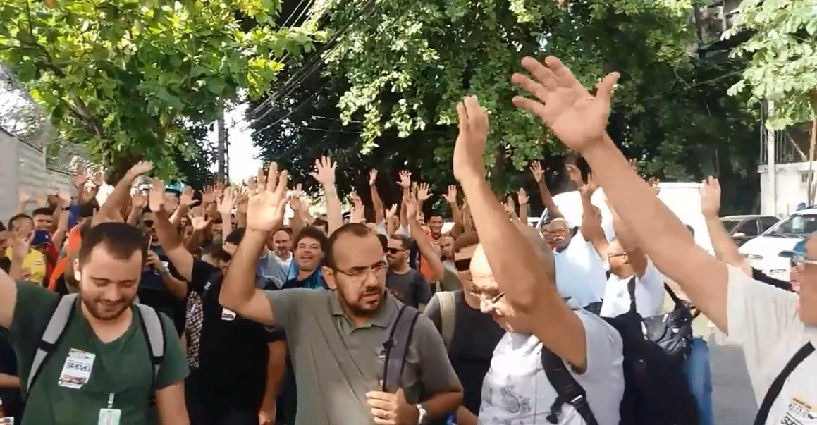 Em dia de mobilizações, bases da FNP e Sindipetro-RJ exigem ACT digno TABG 3 jan