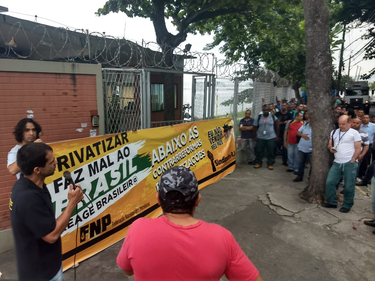 Petroleiros RJ contra a privatização IMG 20180426 WA0011