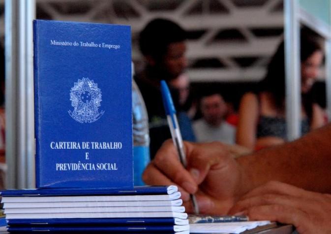 Saúde do Trabalhador e reforma Trabalhista carteiradetrabalho2 070501 marcellocasaljr