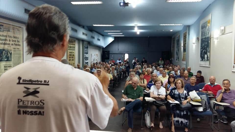 Reunião dos Aposentados recebe representantes do Fórum em Defesa da Petros que explicam proposta alternativa ao PED RR PED